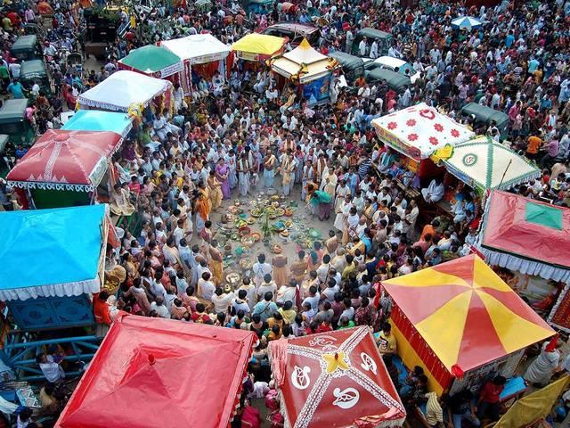 فستیوال سنتی راث یاترا در بنگلادش