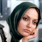 مهناز افشار از رویه صدا و سیما نسبت به بازیگران و هنرمندان انتقاد کرد.